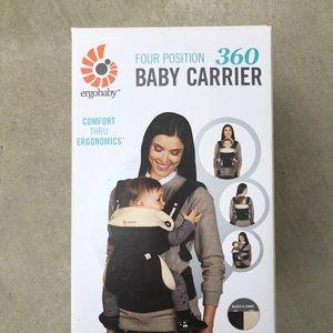Ergobaby 360 baby carrier